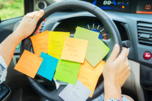 Post-its-on-Steering-Wheel-Depositphotos_150854714_4Web